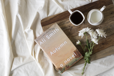 Book Review : Autumn By Ali Smith