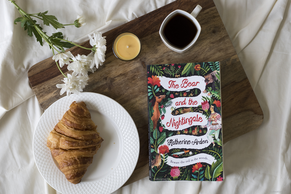 Book Review : The Bear and the Nightingale by Katherine Arden